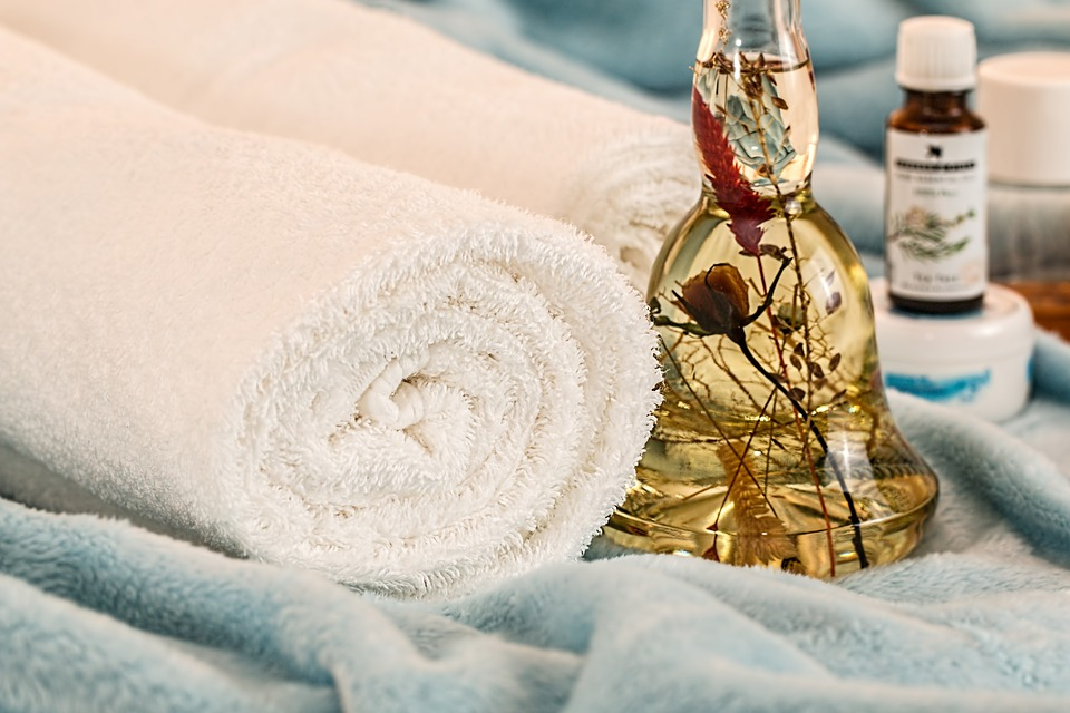 aroma-therapy-bottle and towels
